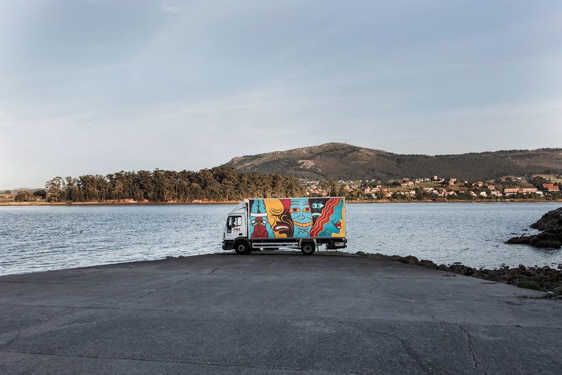 Arte itinerante a lomos de un camión de mercancías 19