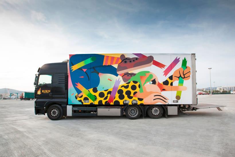 Arte itinerante a lomos de un camión de mercancías 22