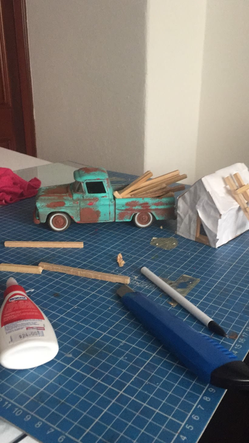 Mi Proyecto del curso: Fotografía creativa en estudio con modelos a escala 7