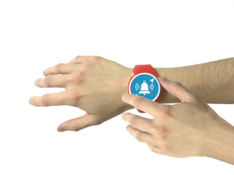 Findly - Localizador personal - Pulsera niños personalizable 11