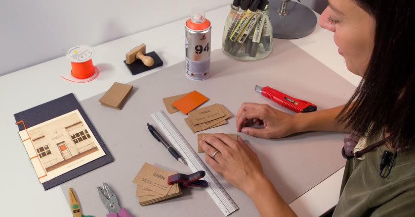 Construye una identidad visual artesanal con Tatabi Studio 8