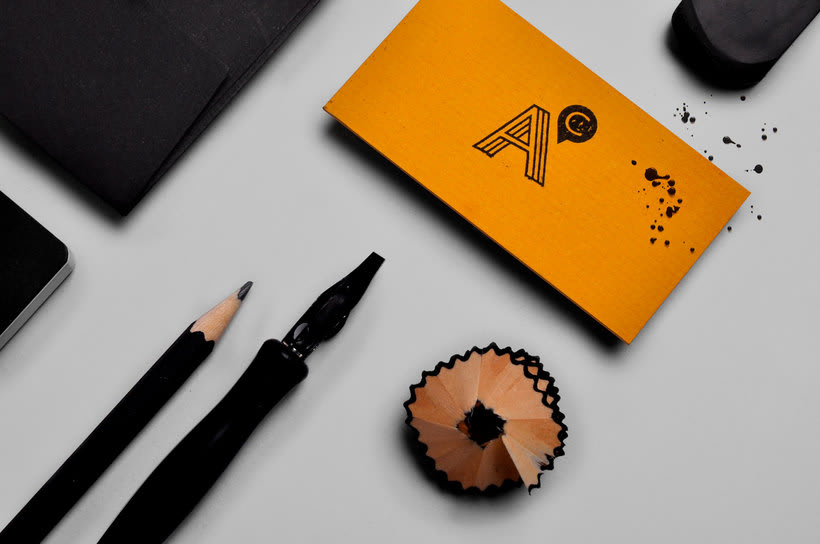 Construye una identidad visual artesanal con Tatabi Studio 16