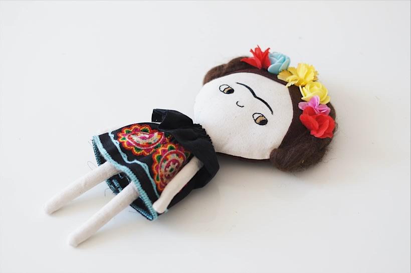 Muñeca Frida 4