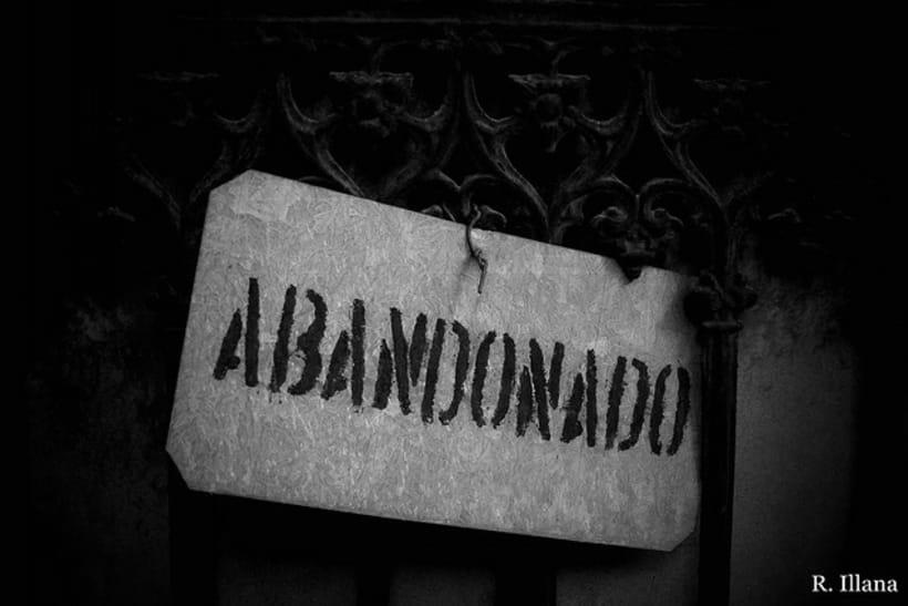 Abandonado; cementerio de Lisboa 1