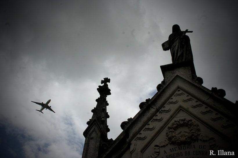 Abandonado; cementerio de Lisboa 4