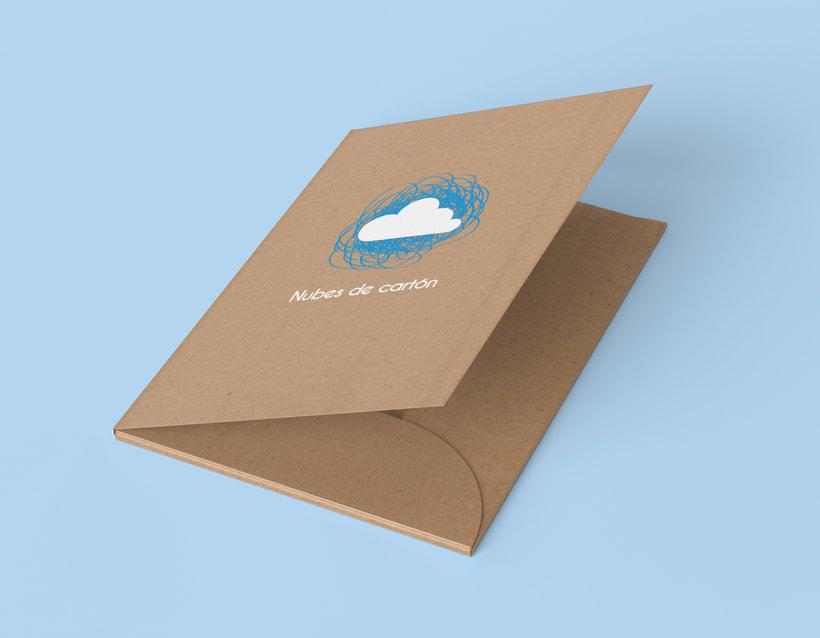 Identidad ludoteca Nubes de cartón 4