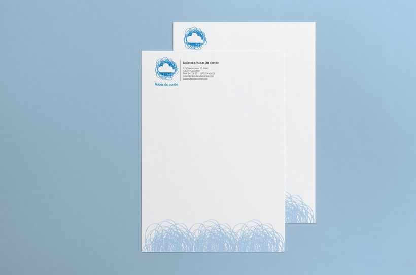 Identidad ludoteca Nubes de cartón 6