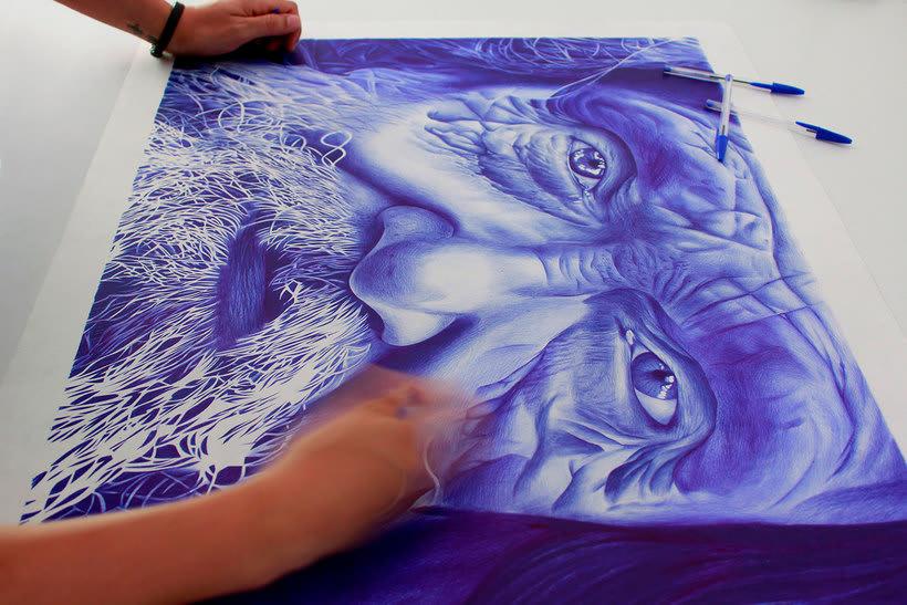 Chema Mora ilustra la vida con un bolígrafo de usar y tirar 8