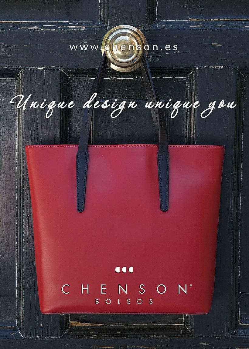 Fotografía de bolsos para catálogo CHENSON. 0