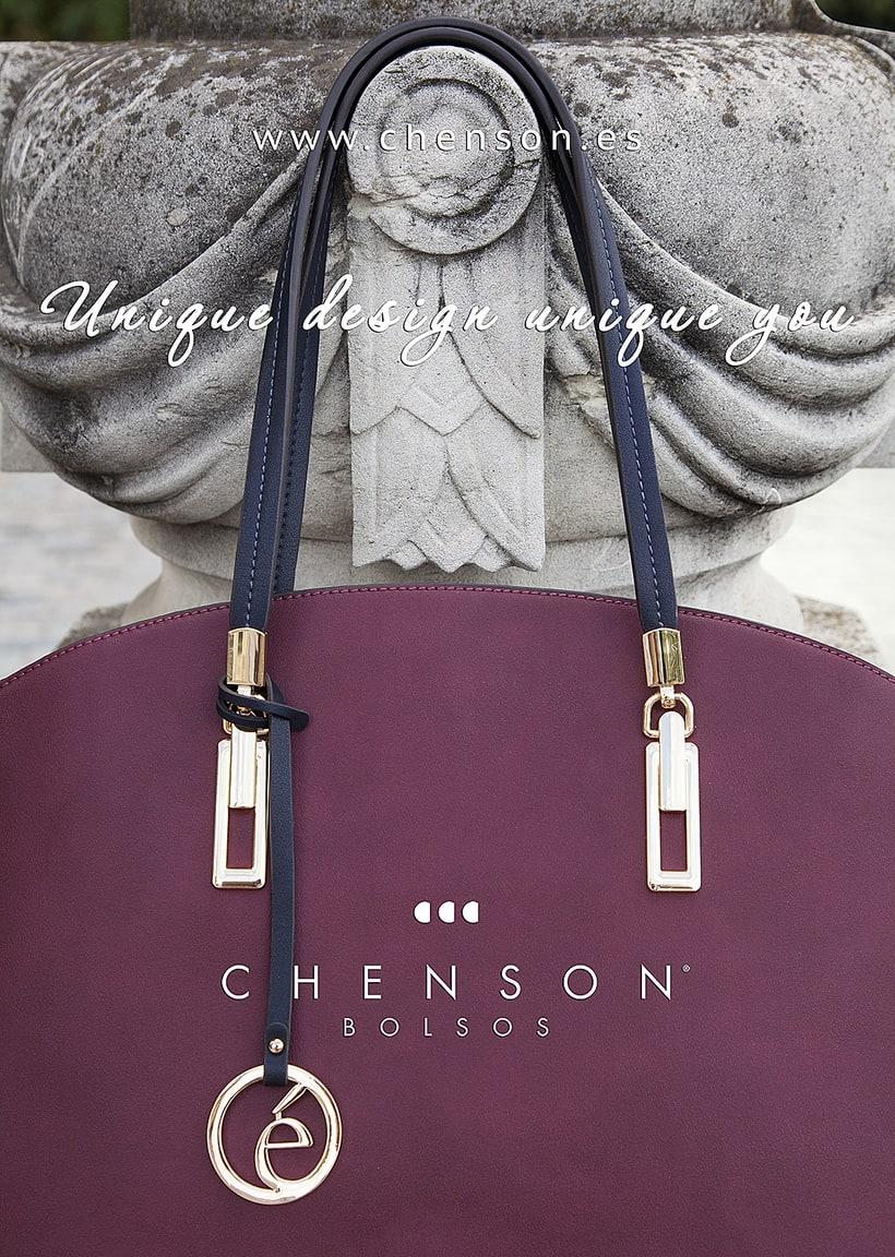 Fotografía de bolsos para catálogo CHENSON. 3