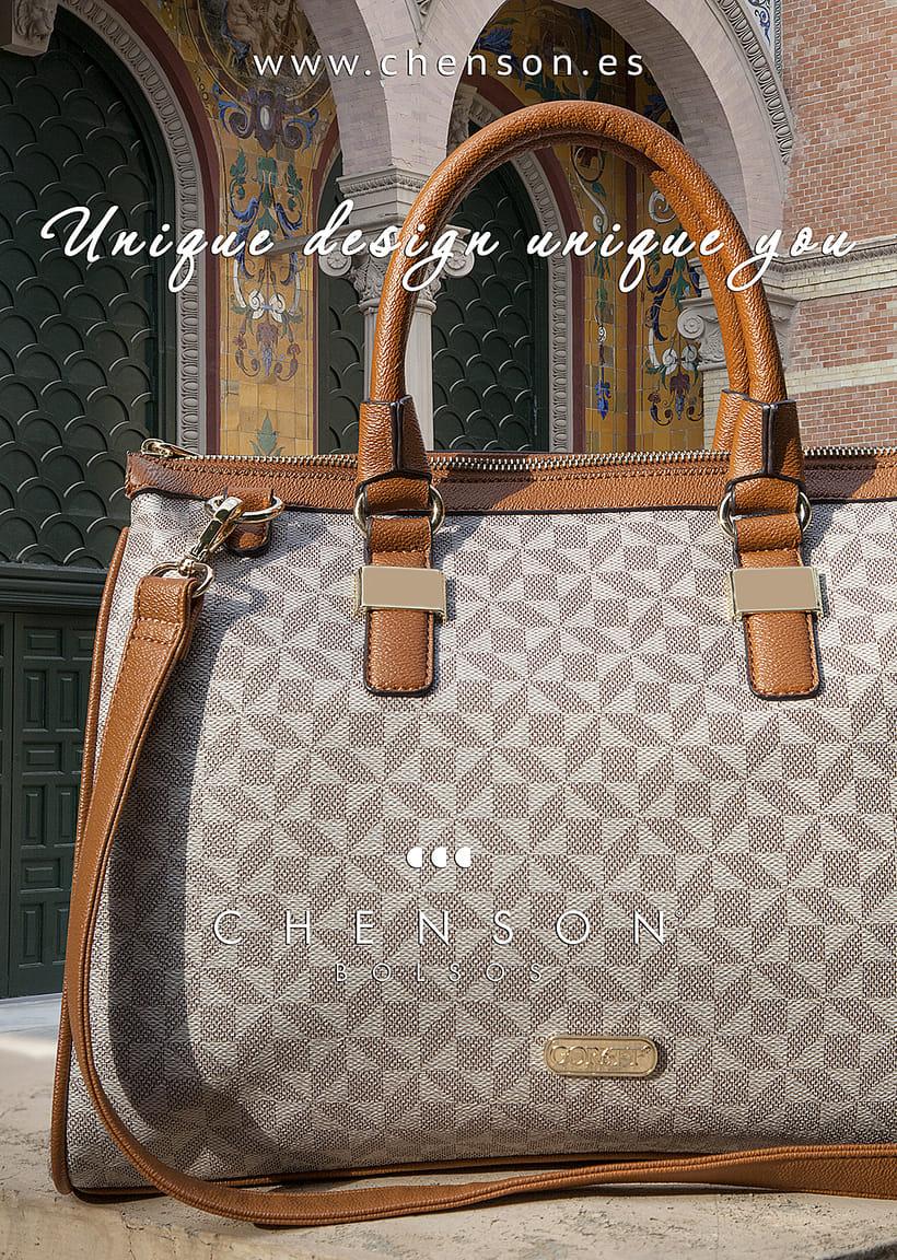 Fotografía de bolsos para catálogo CHENSON. 5