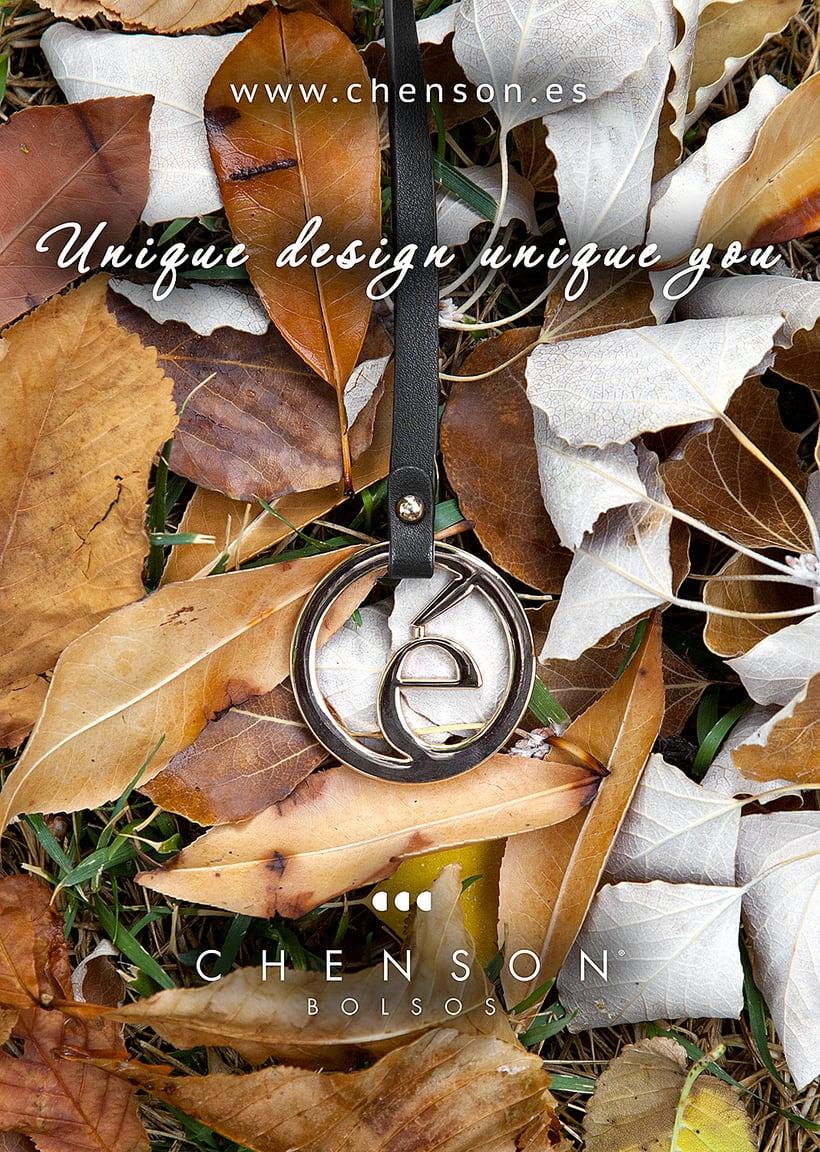 Fotografía de bolsos para catálogo CHENSON. 6