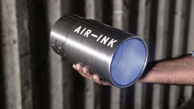 Air-ink: una tinta hecha con aire contaminado 7