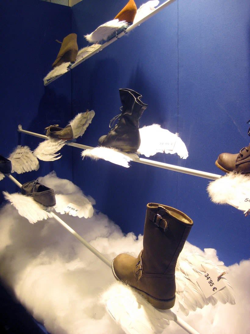 Proyecto de escaparatismo y visual merchandising en la zapatería Los Ángeles de Barcelona (2011) 2