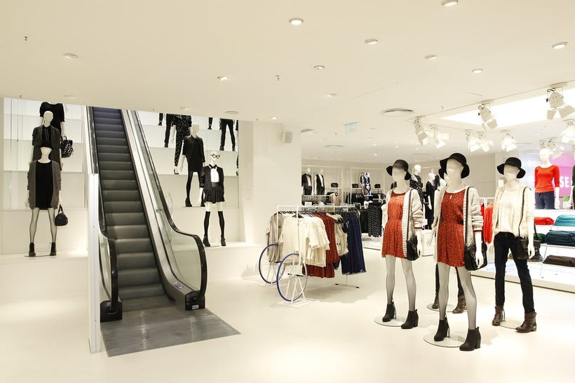 C&A Düsseldorf Schadowstrasse Concept Store. 6