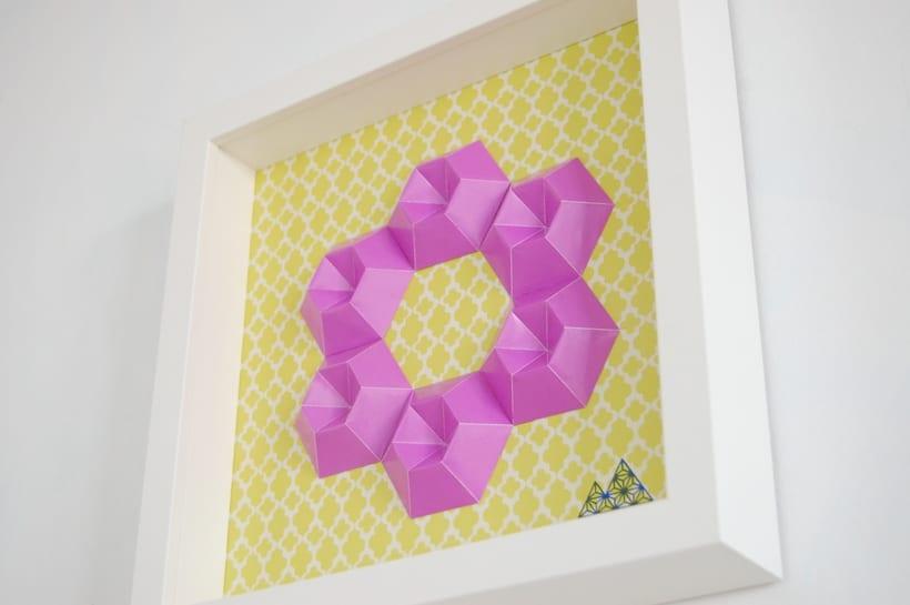 Violeta: arte 3D en papel 2