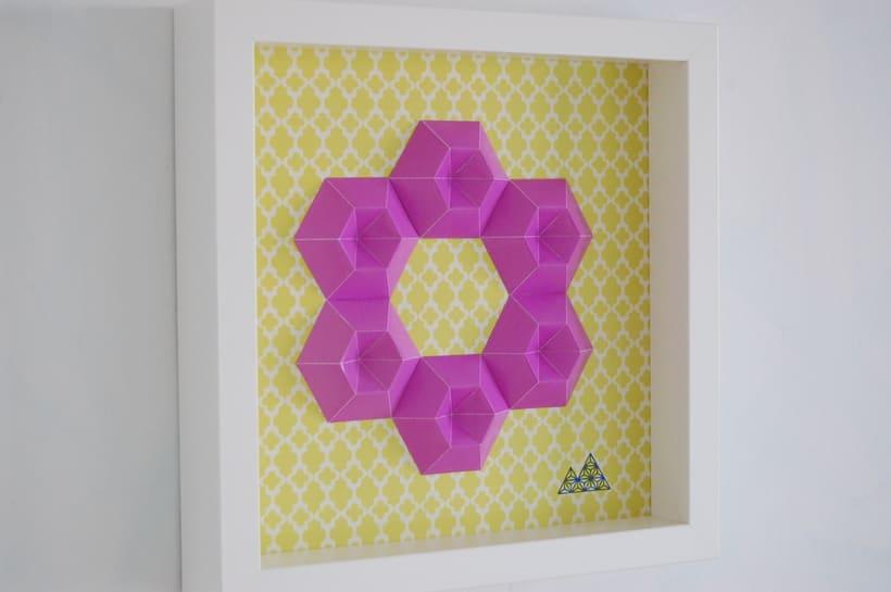 Violeta: arte 3D en papel 3
