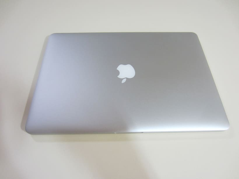 "MacBook Pro Retina 15"", i7 2,5 GHz, 16 GB de RAM, NVIDIA GeForce GT 750M 2 GB y 500 GB SSD 4"