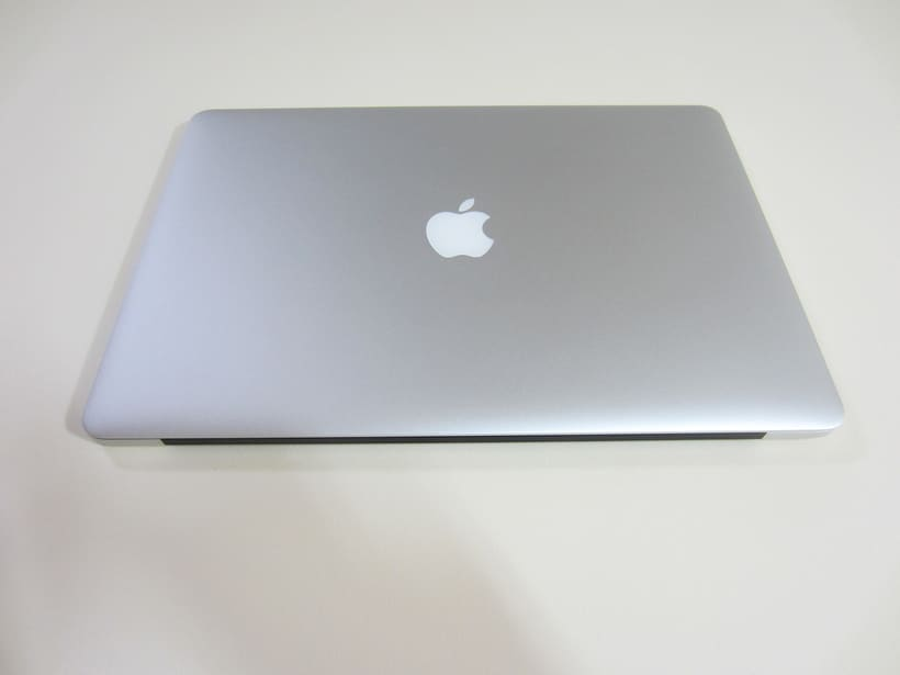 "MacBook Pro Retina 15"", i7 2,5 GHz, 16 GB de RAM, NVIDIA GeForce GT 750M 2 GB y 500 GB SSD 6"