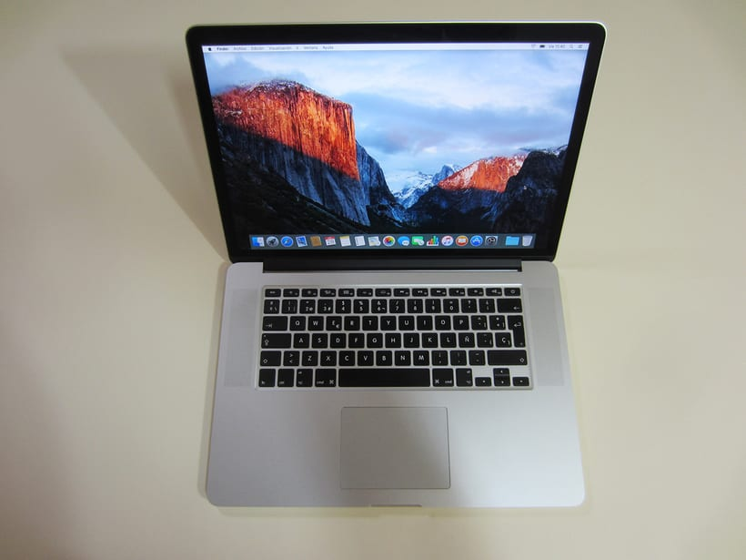 "MacBook Pro Retina 15"", i7 2,5 GHz, 16 GB de RAM, NVIDIA GeForce GT 750M 2 GB y 500 GB SSD 9"