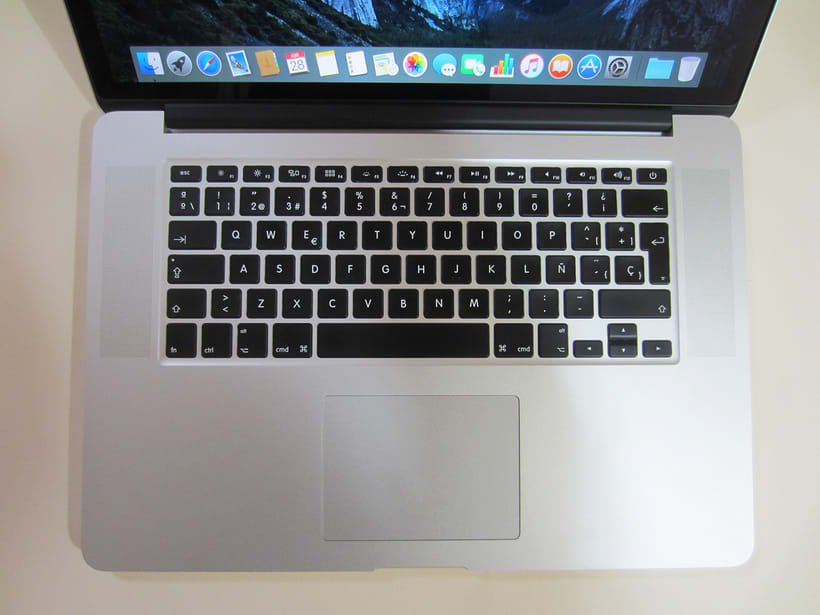 "MacBook Pro Retina 15"", i7 2,5 GHz, 16 GB de RAM, NVIDIA GeForce GT 750M 2 GB y 500 GB SSD 11"