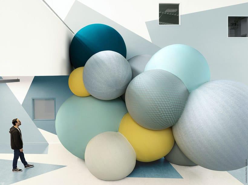 Charles Pétillon crea poesía fotográfica con globos 8