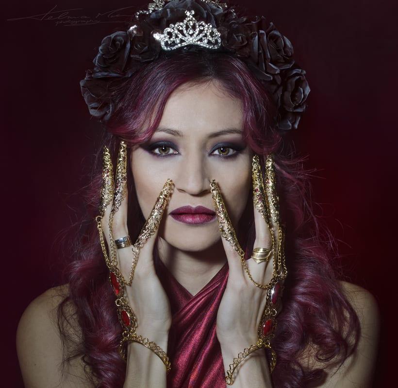 Dark queen of the night 1