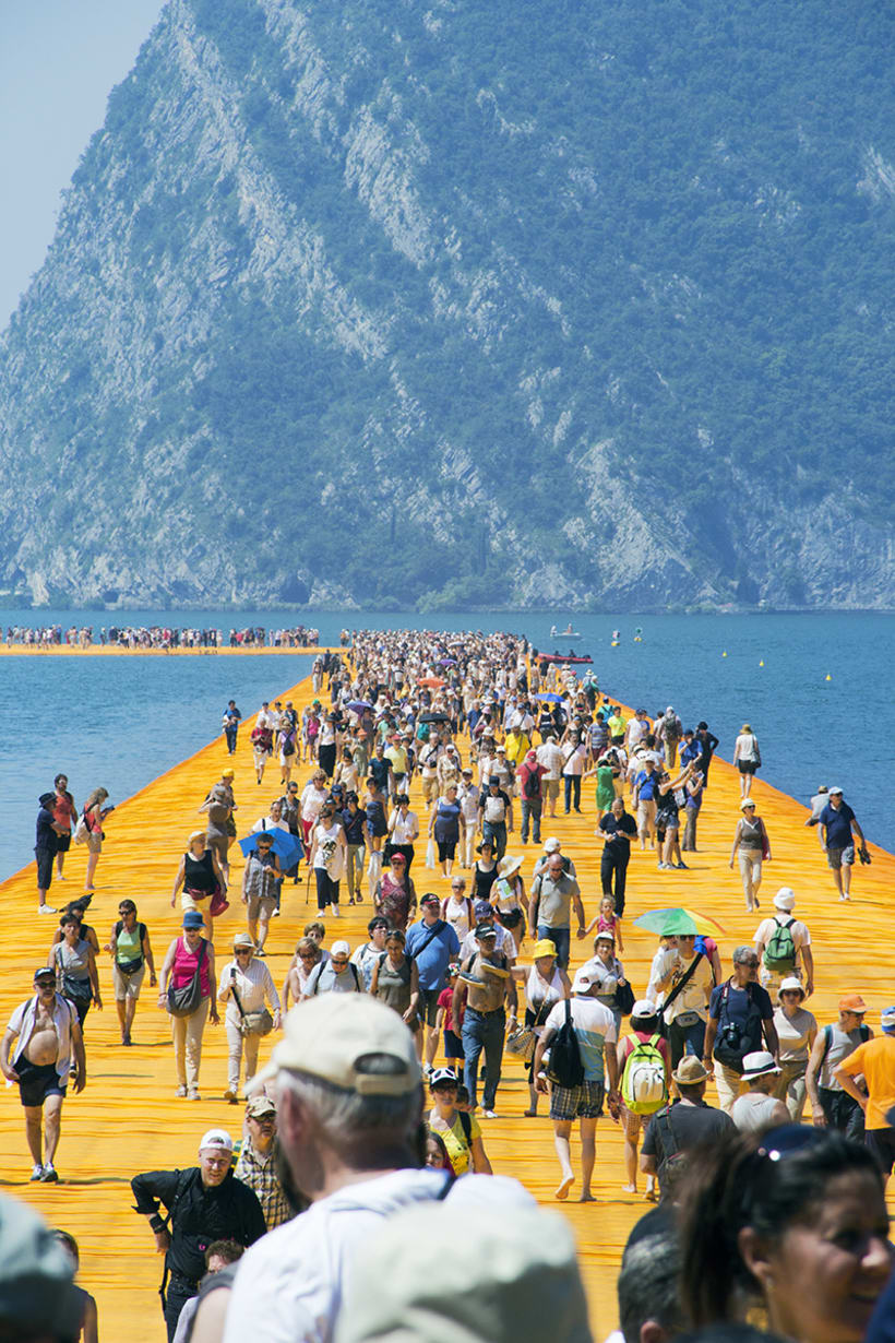 the floating piers  (Iseo lake, Italy) 1