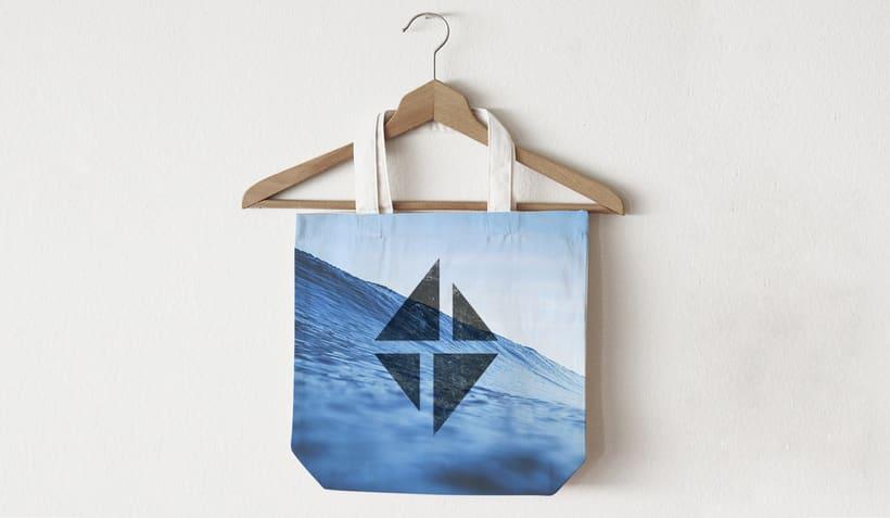 Branding e imagen corporativa - Charter Isla 5