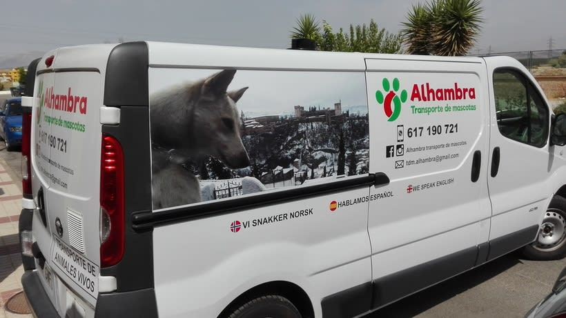 """Logotipo, papelería y rotulación de furgoneta """"Alhambra"""" 7"""