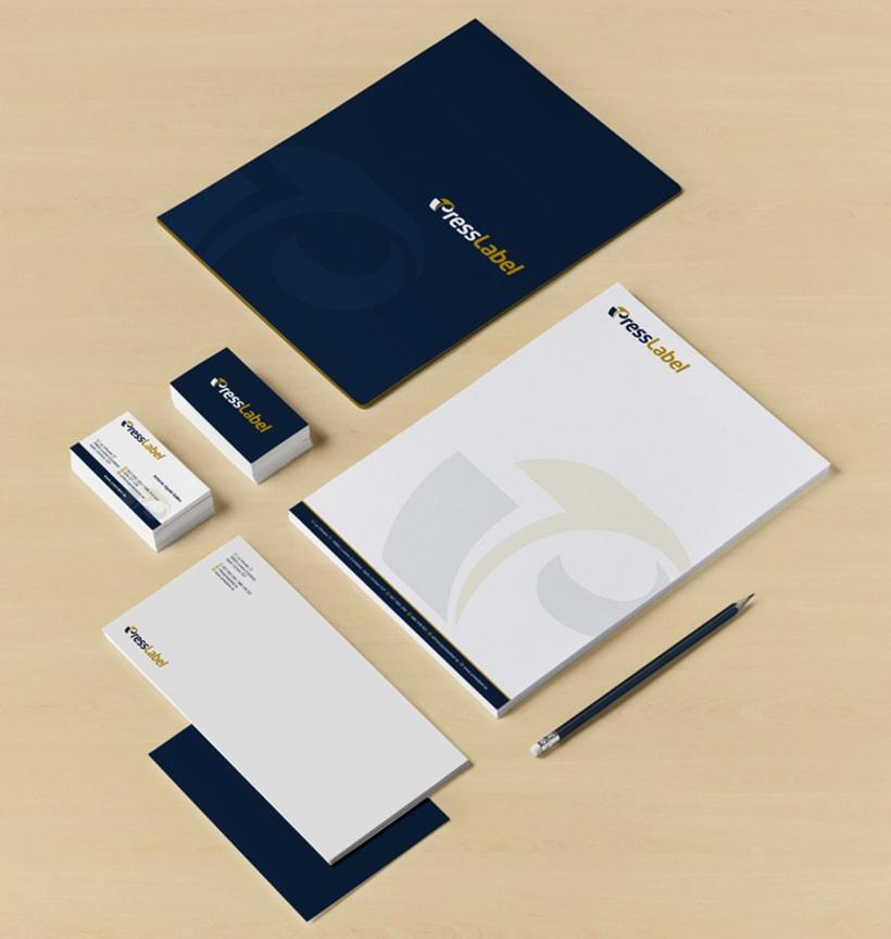 Diseño de logotipo y papelería para PressLabel, una imprenta ubicada en Lucena (Córdoba) y que realiza todo tipo de trabajos de impresión, aunque su mayor activo es el sector del etiquetado para productos alimentarios. 1