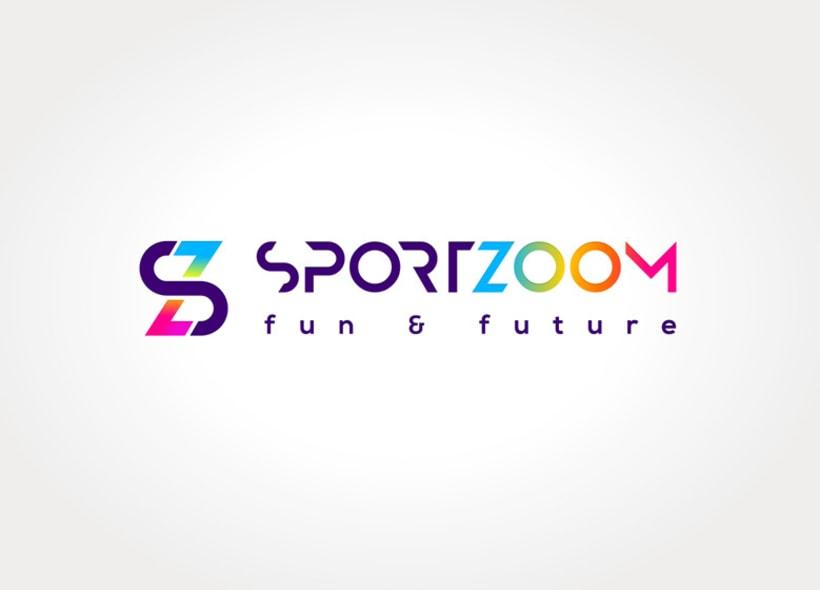 Diseño de logotipo para Sportzoom, un centro de ocio ubicado al norte de Madrid y dirigida especialmente al público infantil y juvenil. El recinto contiene instalaciones deportivas, parque infantil y una gran sala de videojuegos y máquinas recreativas. 0