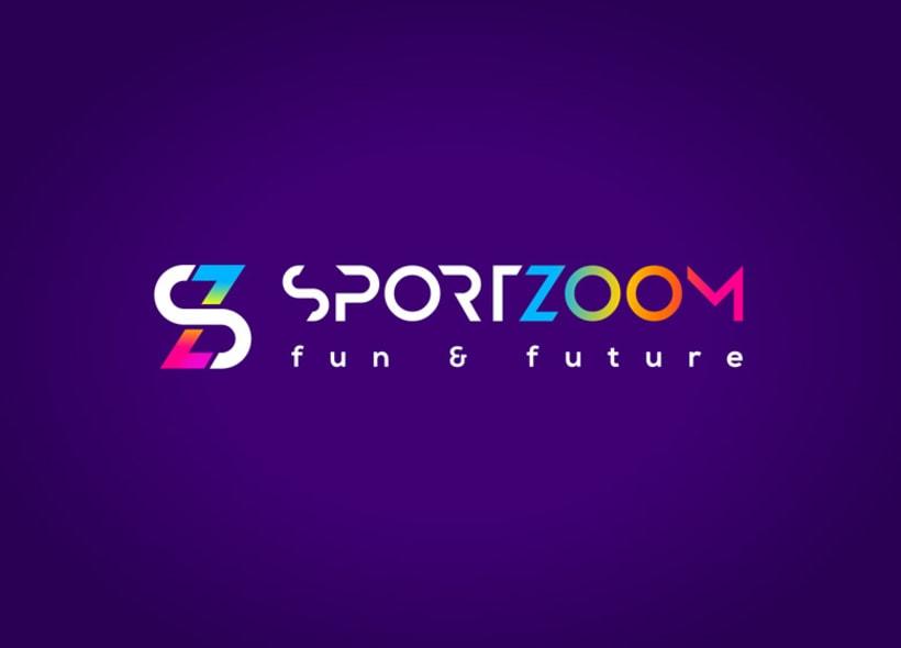 Diseño de logotipo para Sportzoom, un centro de ocio ubicado al norte de Madrid y dirigida especialmente al público infantil y juvenil. El recinto contiene instalaciones deportivas, parque infantil y una gran sala de videojuegos y máquinas recreativas. 1