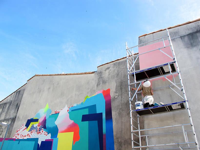 Nuria Mora transforma la ciudad en una jungla de color 16