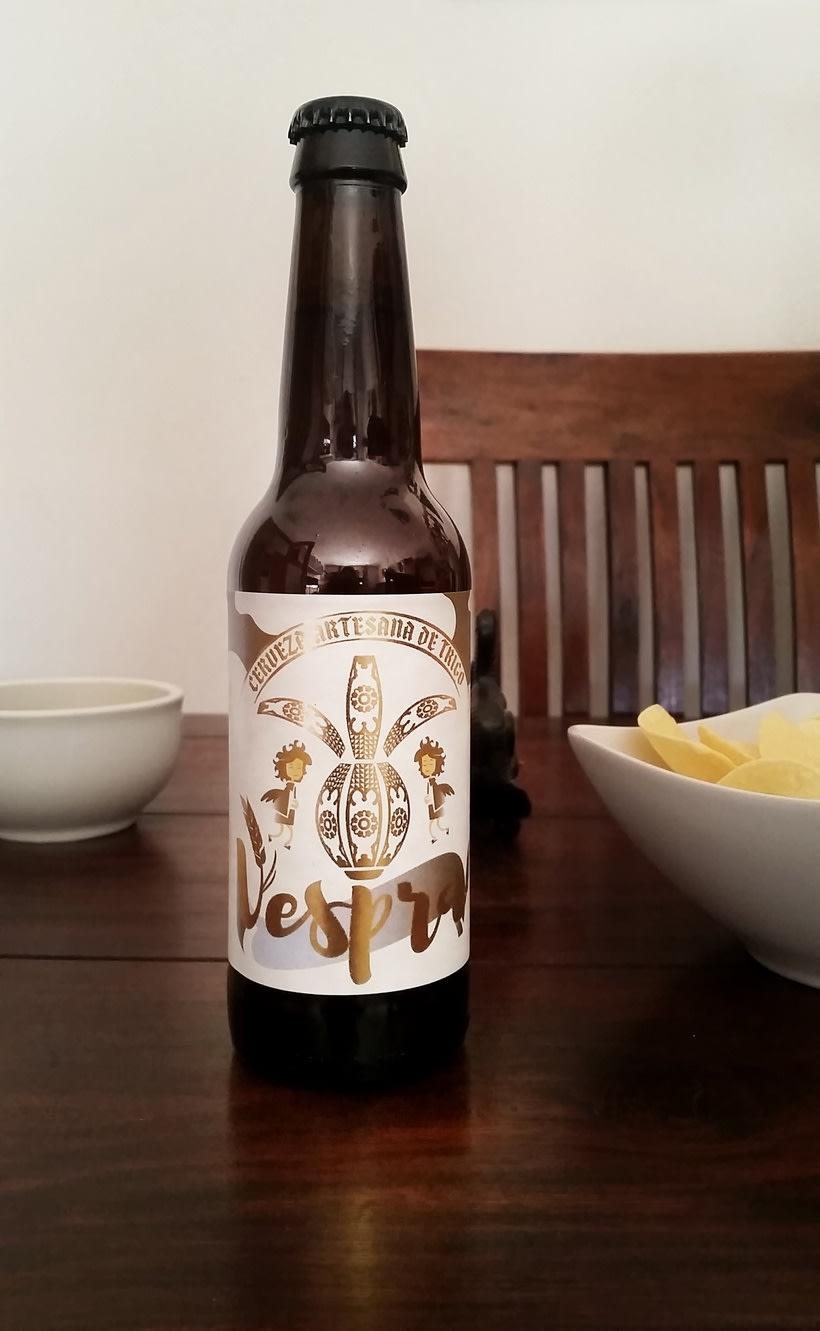 Vespra. Cerveza artesana de trigo. 4
