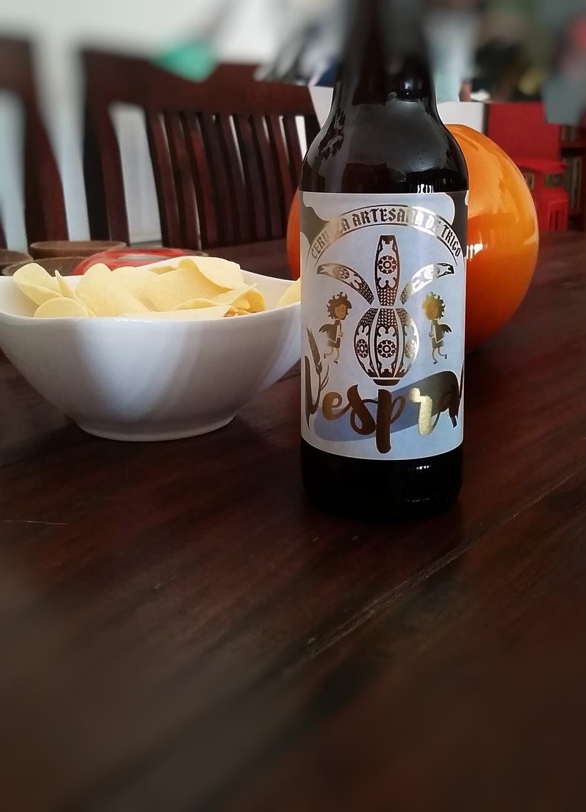 Vespra. Cerveza artesana de trigo. 5