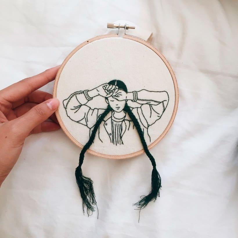 Sheena Liam y los bordados que se pueden peinar 15