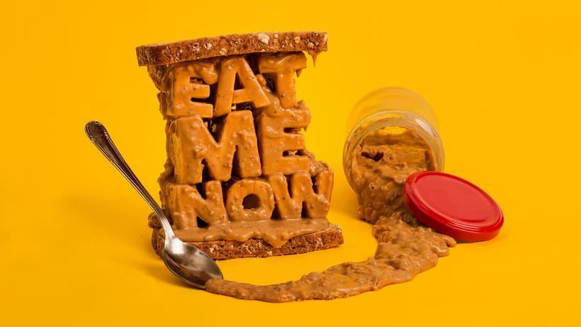 10 diseñadores que disfrutan jugando con comida 4