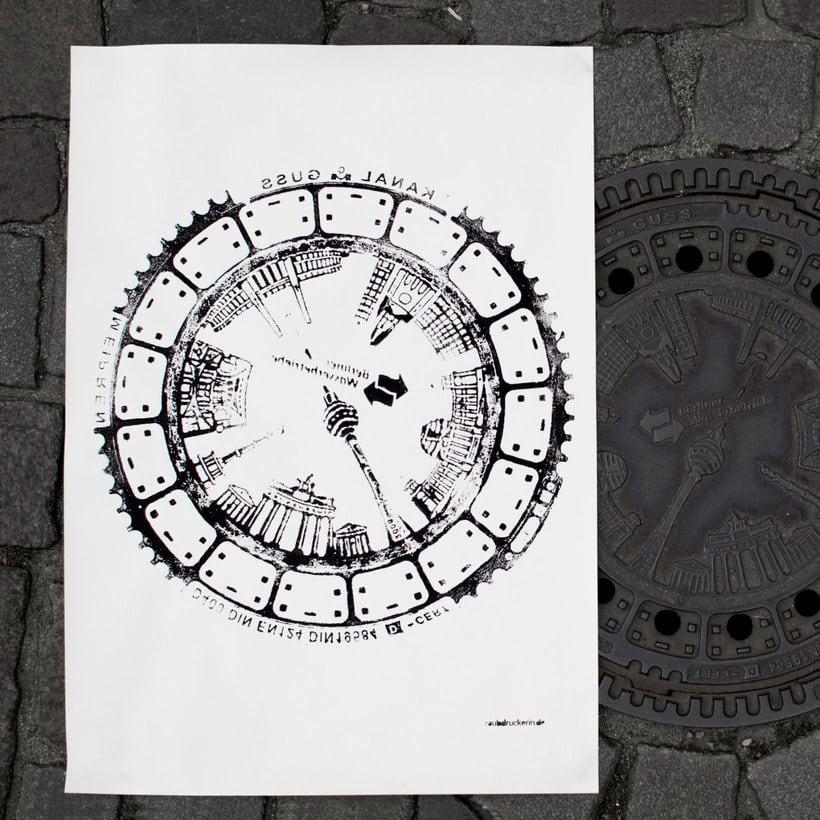 Raubdruckerin: la calle es su taller de grabado 6