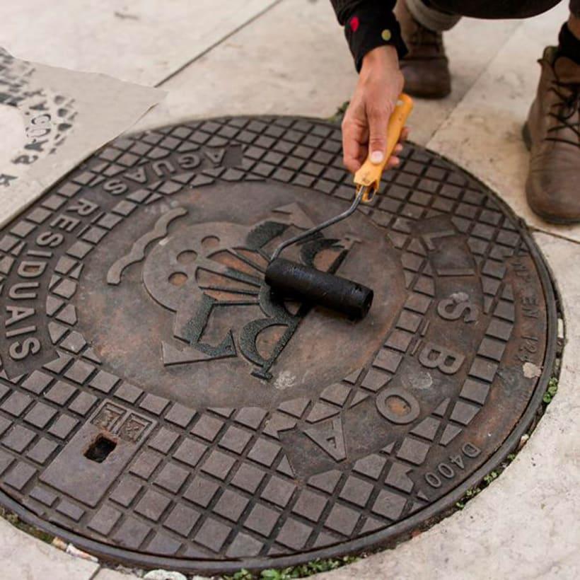 Raubdruckerin: la calle es su taller de grabado 19