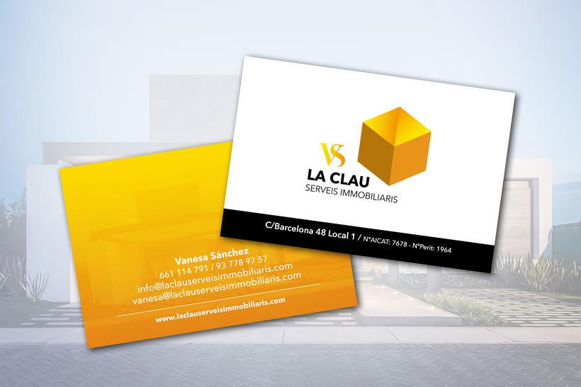 Diseño de Logotipo y de tarjetas para la Immobiliaria La Clau VS. -1