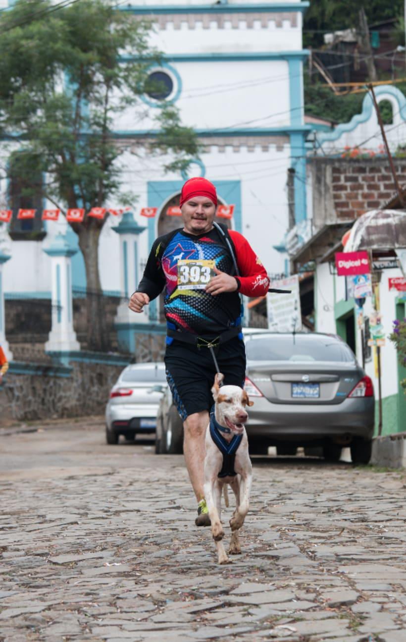 MARCA DEPORTIVA: REPÚBLICA PERRUNA - CANICROSS EL SALVADOR 3
