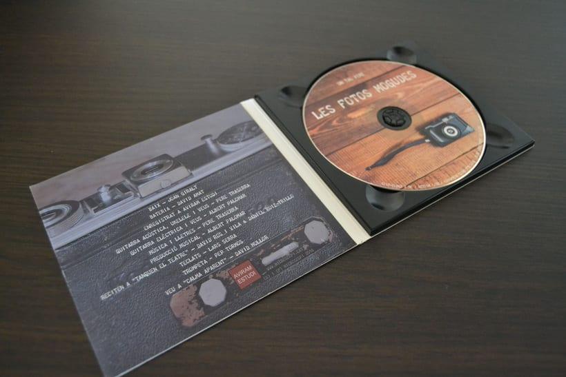 """Disseny CD """"Les fotos mogudes"""" de """"Un tal Pere"""" 4"""