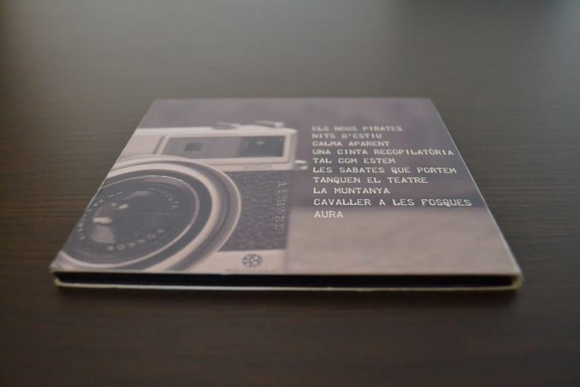 """Disseny CD """"Les fotos mogudes"""" de """"Un tal Pere"""" 6"""