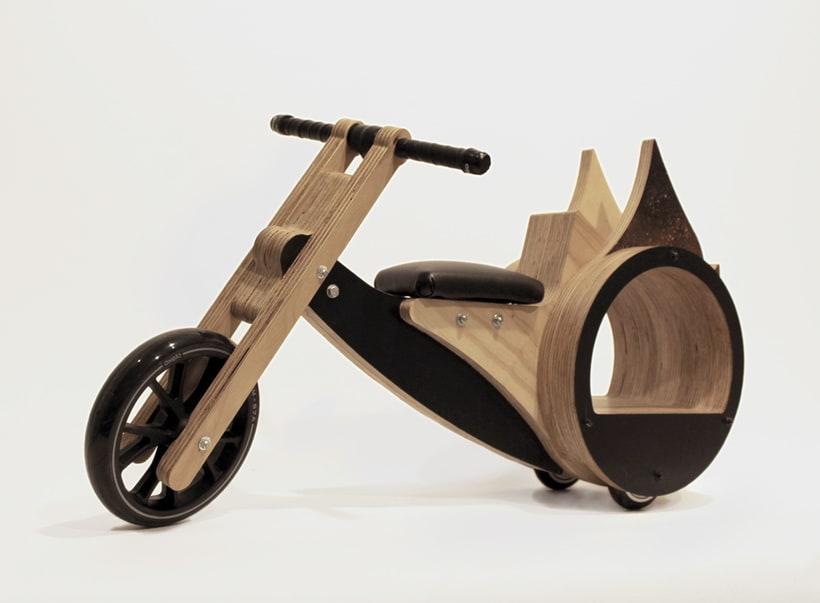 Le Tricicle 1