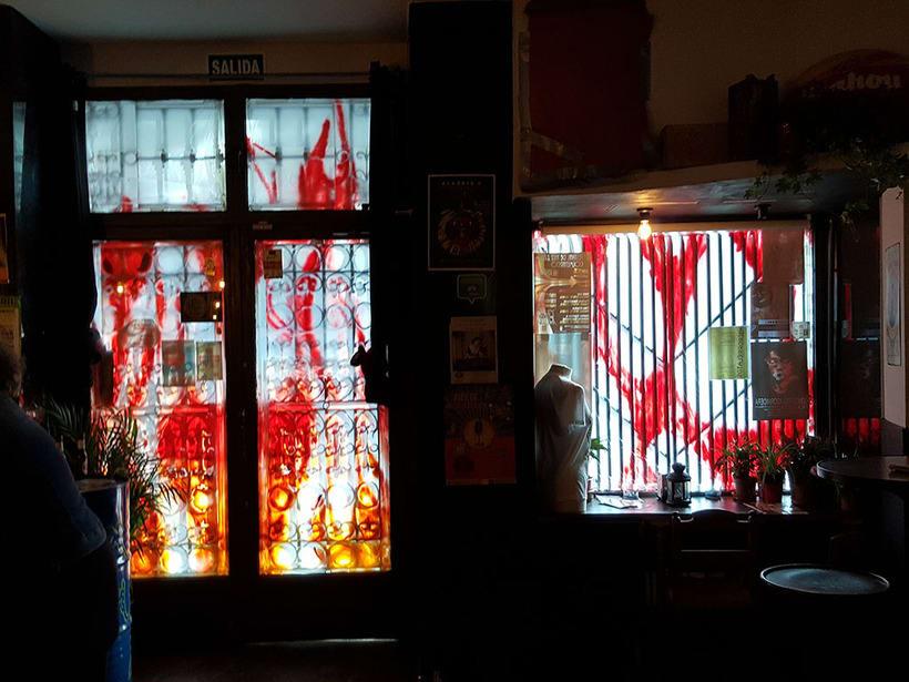 """""""Llamas (y te abren)"""", para festival C.A.L.L.E. Lavapiés y bar La Lata 4"""
