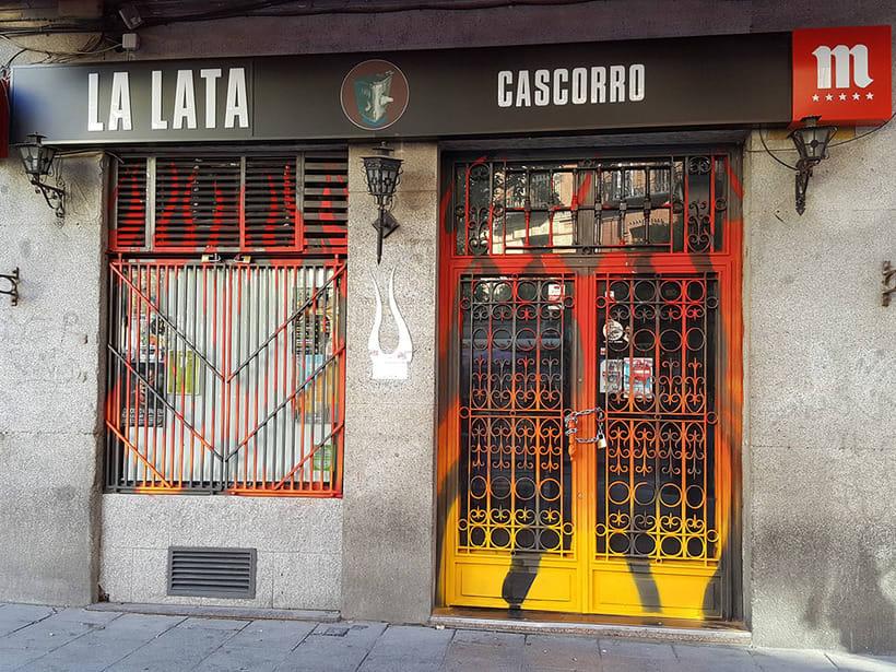 """""""Llamas (y te abren)"""", para festival C.A.L.L.E. Lavapiés y bar La Lata 6"""