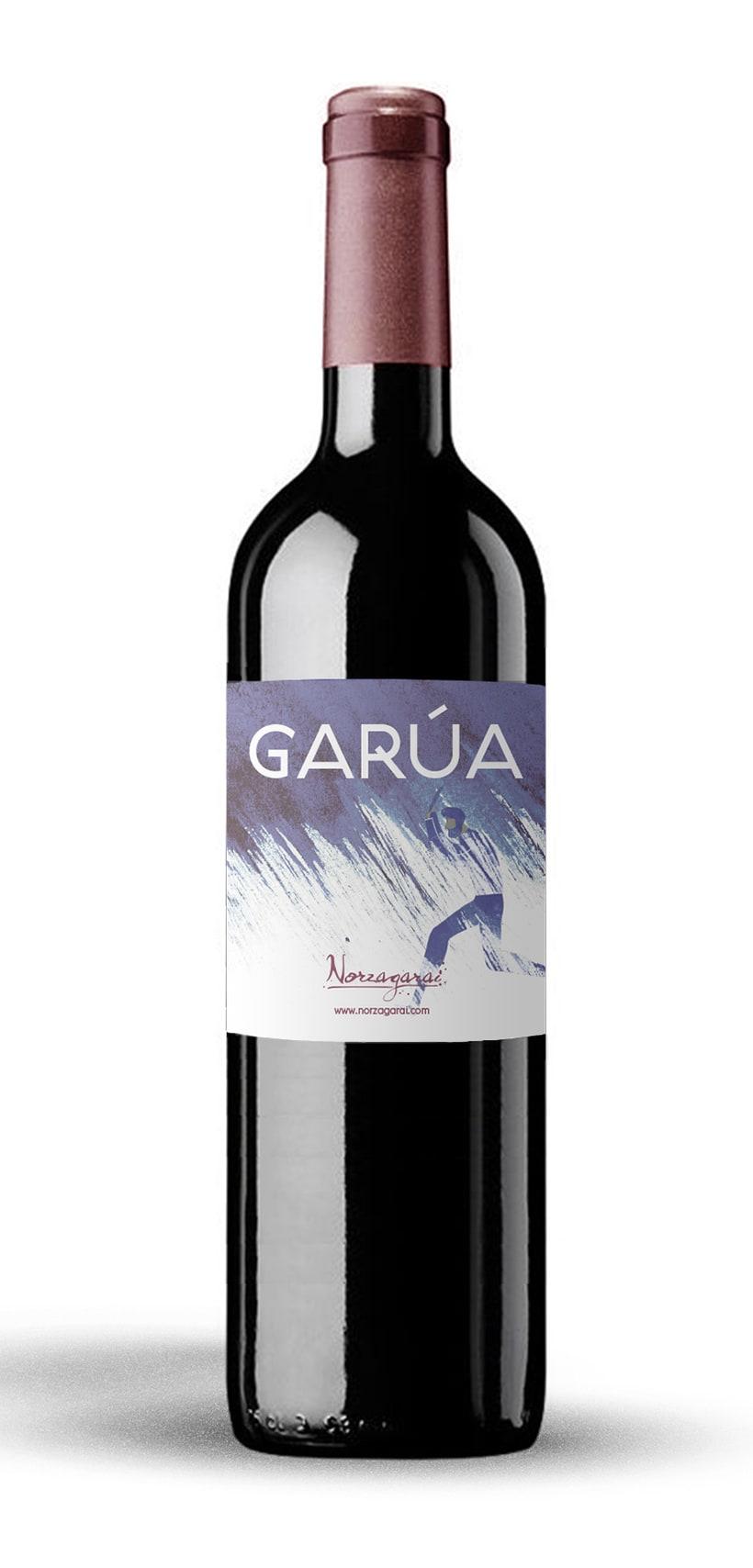 Diseño de la etiqueta de vino tinto Garúa de Bodegas Norzagarai 0