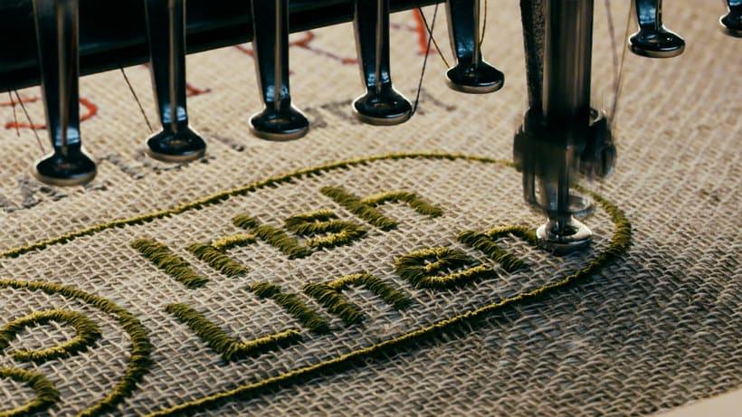 Un tapiz bordado con escenas épicas de Juego de Tronos 13