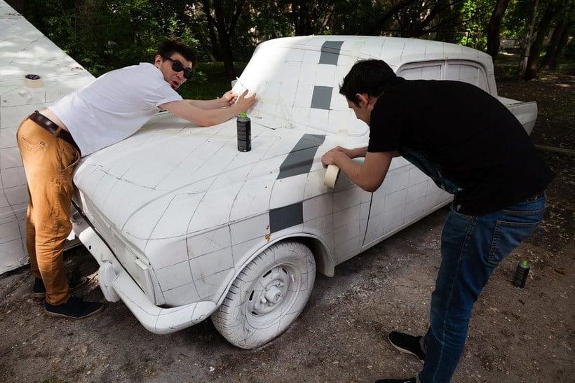 CTRL+X o cómo hacer objetos invisibles con arte urbano 10